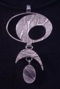 contemporary reversible pendant ndant